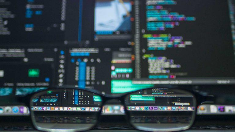 BIZSYS cria primeiro mobiliário digital programático do Brasil
