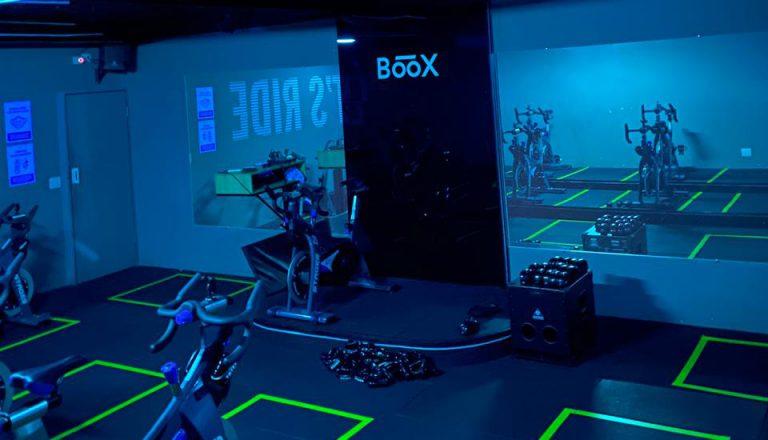 Academia Studio Boox instala luz ultravioleta para higienização contra o Coronavírus